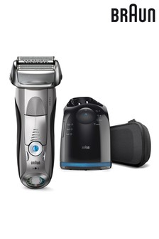 Braun Series 7 Shaver With Clean And Charge