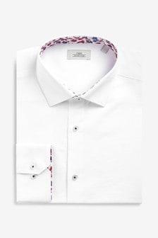 Фактурная рубашка классического кроя с цветочной отделкой
