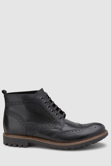 Brogue Cleat Boot