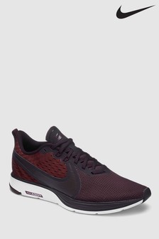 Nike Run Berry Zoom Strike