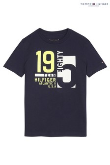 טי של Tommy Hilfiger, מדגם Nautical Team בצבע כחול