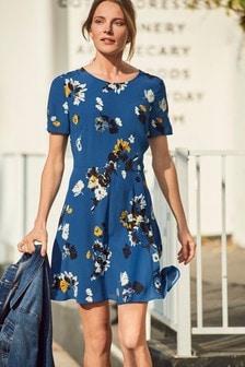 Sukienka w luźnym stylu