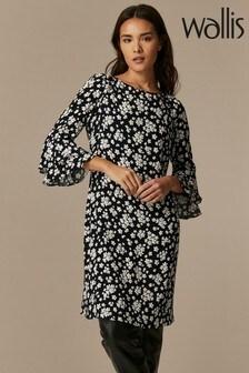 Wallis Black Daisy Print Flute Sleeve Dress