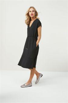 Фактурное креповое платье