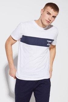 Tommy Jeans T-Shirt mit Logostreifen auf der Brust