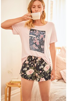 Floral Photographic Short Set