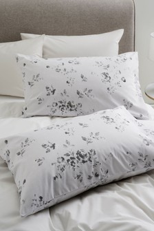 Set of 2 Etched Floral Pillowcases
