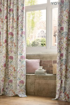 Voyage Country Hedge Pencil Pleat Curtains