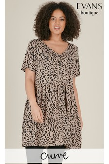Evans Curve Brown Animal Print Button Swing Top