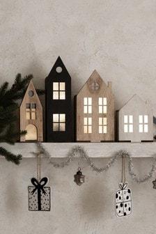 Set of 4 Natural Lit Wooden Houses