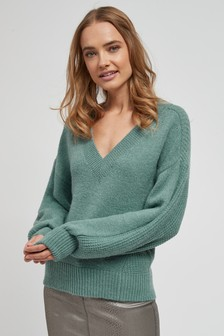V-Neck Stitch Jumper
