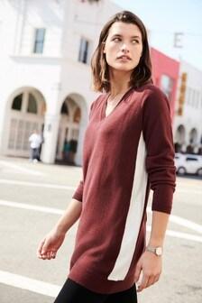 Bequemes Pulloverkleid mit V-Ausschnitt