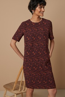 Short Sleeve Crepe Shift Dress