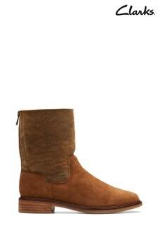 Clarks Tan ClarkdaleAxHot Boots