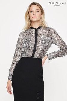 חולצה עם הדפס עור נחש של Damsel In A Dress דגם Lanza בבז'
