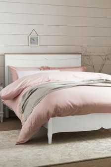 Evie Bed