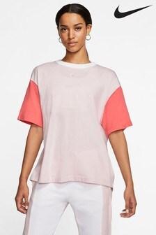 Nike Sportswear Essential Boyfriend T-Shirt