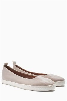 Slip-On Ballerinas