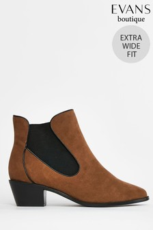Evans Extra Wide Fit Brown Curved Side Ankle Boots
