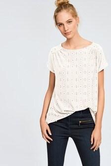 חולצה עם גב קפלים
