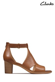 Clarks Tan Leather Kaylin60 Glad Sandals