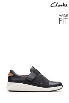 Clarks Black Leather Un Rio Strap Shoes