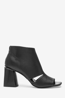 Cut Out Hardware Shoe Boots