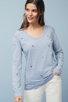 Embroidered Voop Neck Top