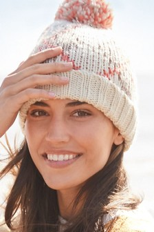 Argyle Pattern Pom Hat