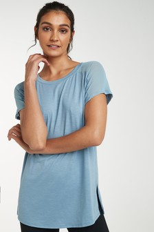 Tričkos krátkymi rukávmi so sieťovinou na ramenách