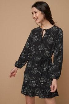 Long Sleeve Tea Dress