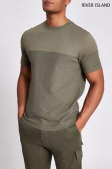 חולצת טי בעלת מרקם בצבע חאקי בדוגמת בלוק של River Island