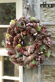 Frosted Berries Wreath by Dibor
