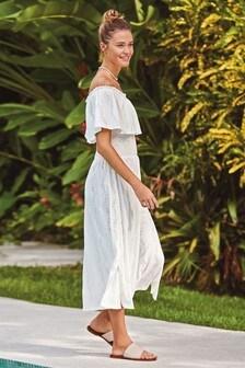 Haftowana sukienka z odkrytymi ramionami