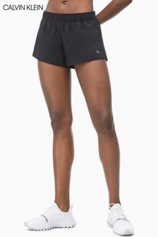 מכנסיים קצרים עם כיתוב בולט Performance של Calvin Klein