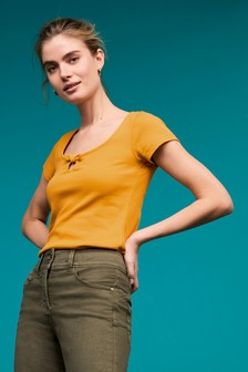 Fitted Bow Neck T-Shirt