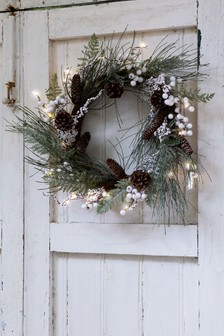 Lit Frosted Wreath
