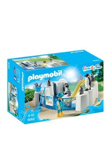 Playmobil® Family Fun Penguin Enclosure