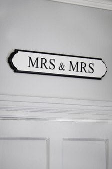Mrs & Mrs Wall Plaque