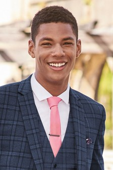Tie With Navy Floral Pocket Square Set And Tie Clip.