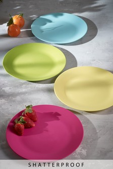 Set of 4 Plastic Plates