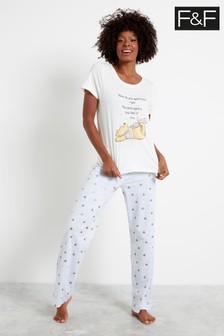 F&F White License Winnie And Friends Pyjamas Pack