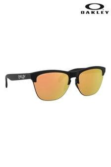 Солнцезащитные очки-клабмастеры в черной оправе с оранжевыми стеклами Oakley®