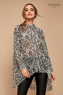 Sonder Studio Grey Animal Button Hi Low Shirt