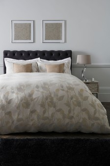 Jacquard Leaf Duvet Cover and Pillowcase Set