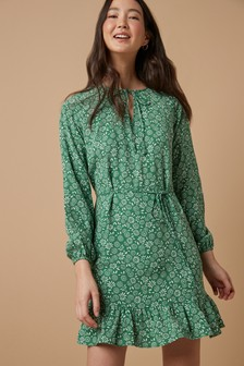 Чайное платье с длинным рукавом