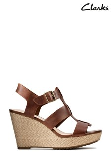 Clarks Tan Leather Maritsa95 Glad Sandals