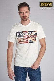 חולצת טי של Barbour® International דגם SMQ Vintage Flag בלבן