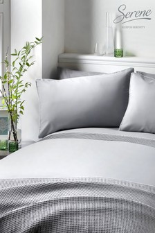 Pom Pom Duvet Cover and Pillowcase Set by Serene