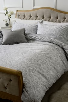 Paisley Print Duvet Cover And Pillowcase Set